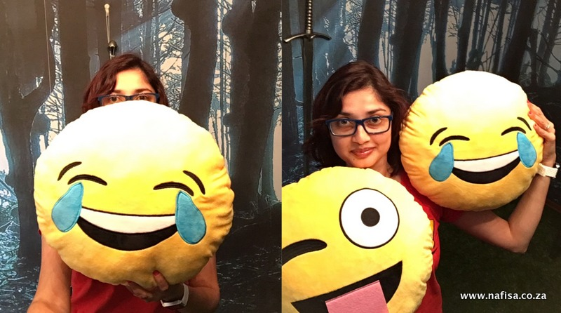 emoji pillows nafisa