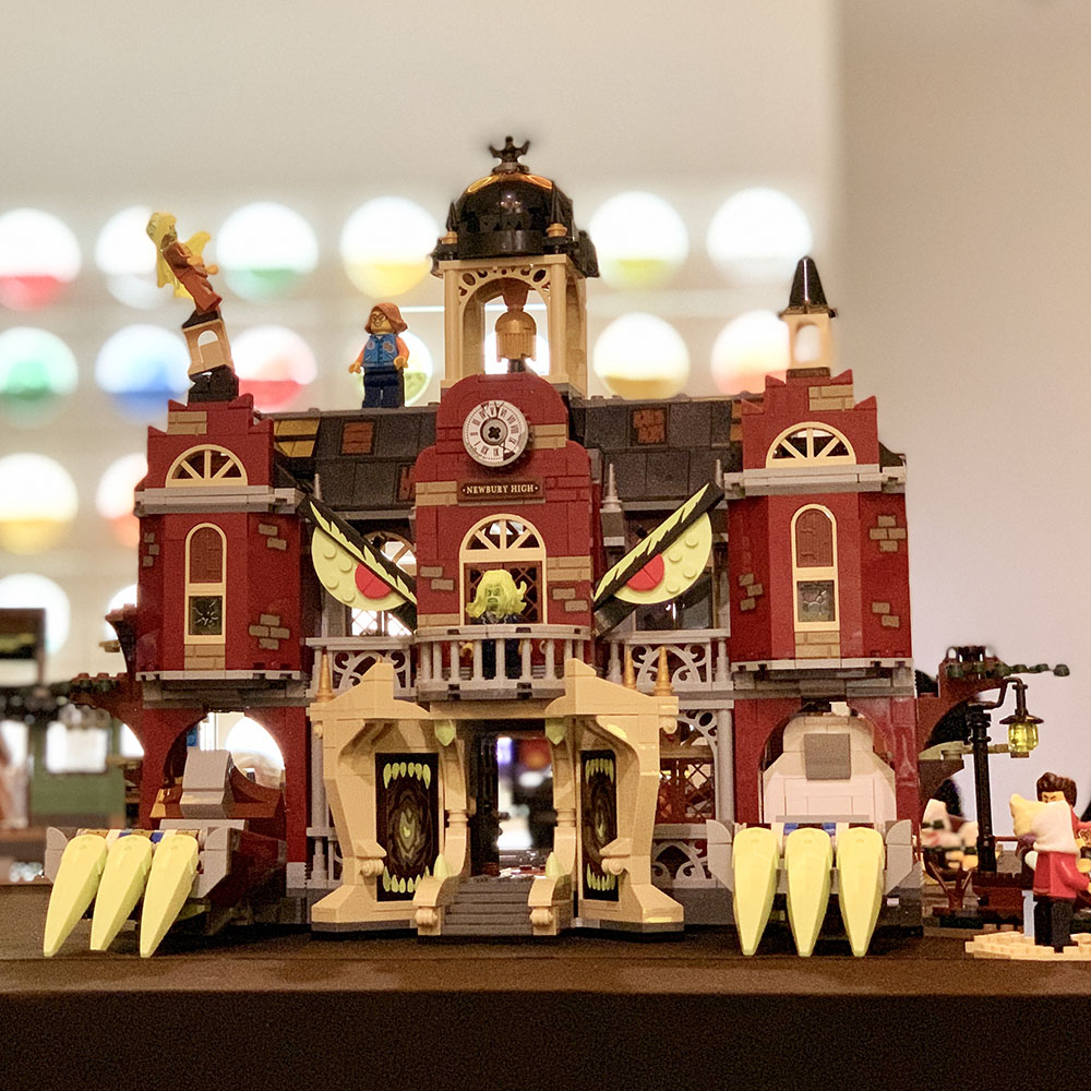 Lego Hidden Side Haunted School